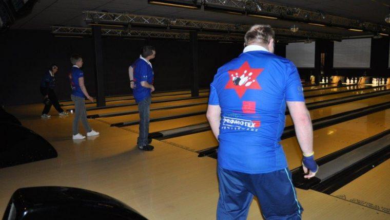 Voorrondes NK Bowlen in Assen.